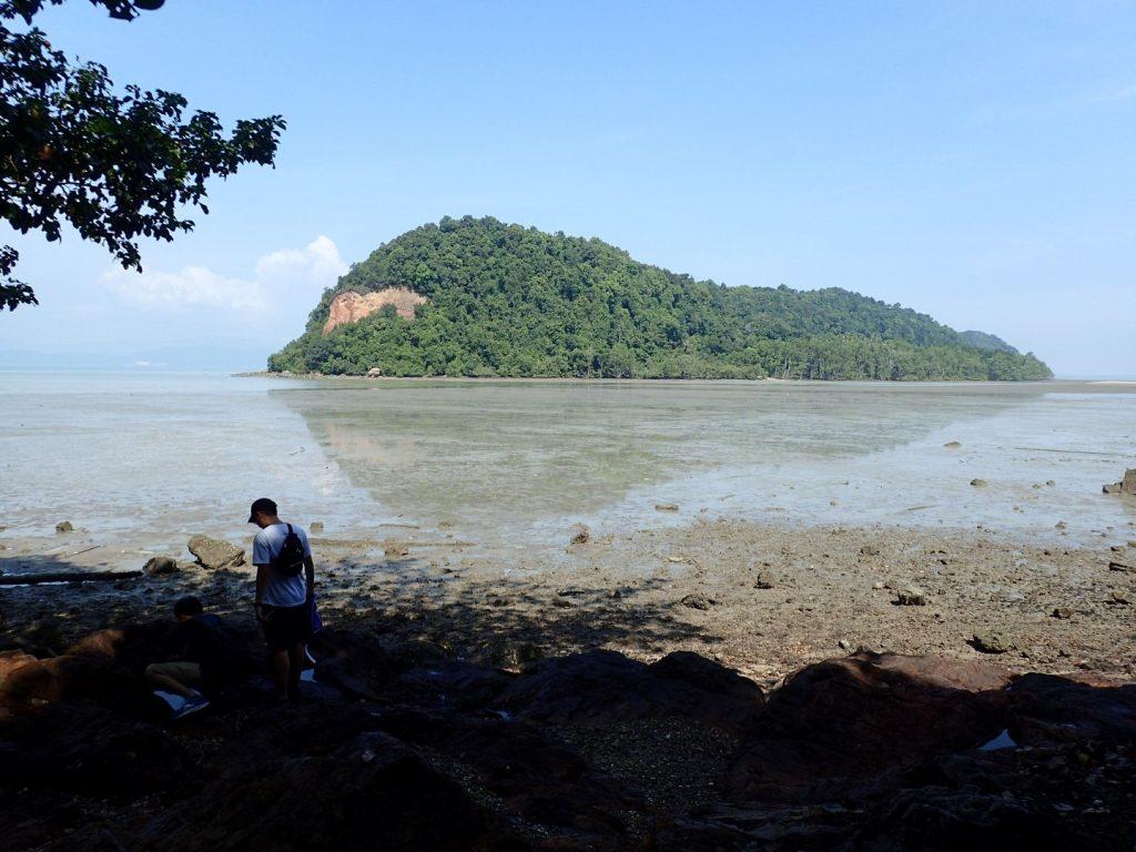 Bikelah Pulau Aman