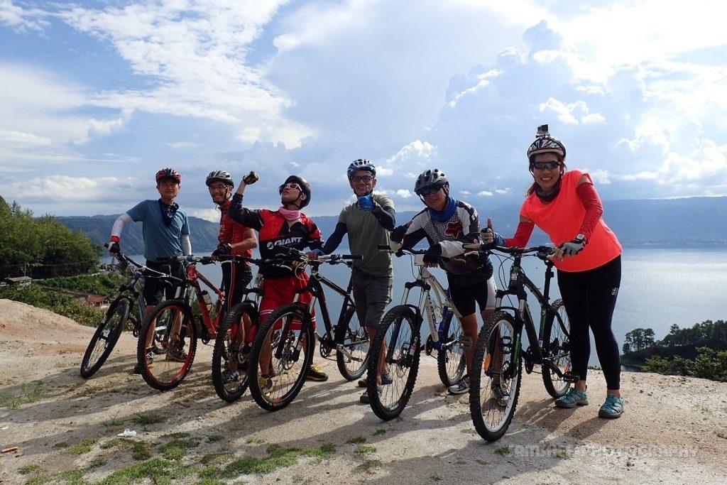 Lake Toba Bikelah Sam Shee Cycling